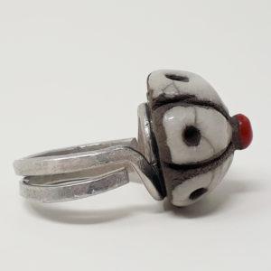 anello-bottone-sardo-ceramica-raku